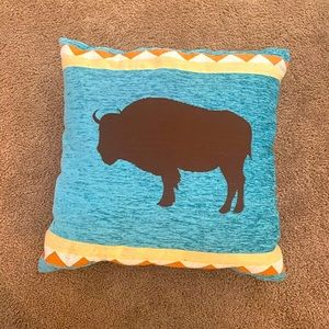 Buffalo southwest 18x18 decorative throw pillow